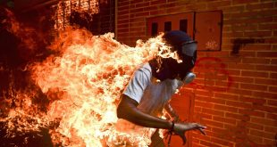 Nominan una imagen de las protestas en Venezuela al World Press Photo